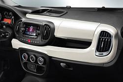 Fiat 500L Trekking Armaturenbrett