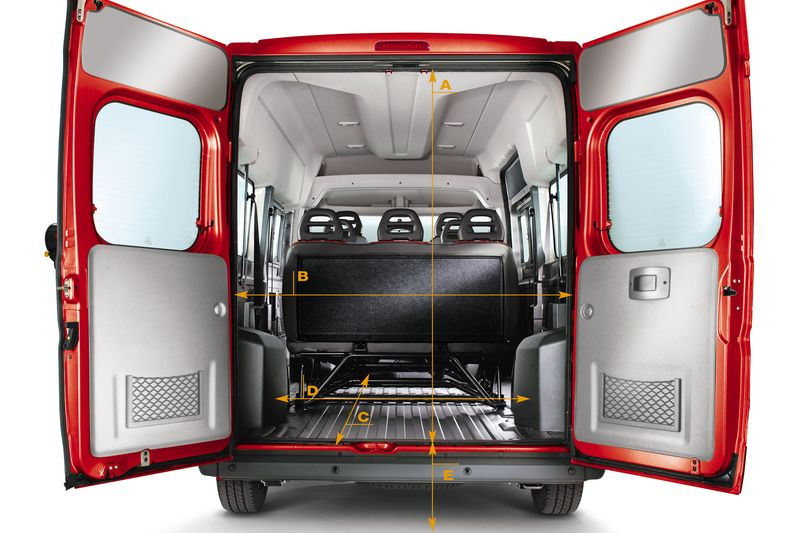 fiat ducato bus personentransporter mit grossem gep ck. Black Bedroom Furniture Sets. Home Design Ideas