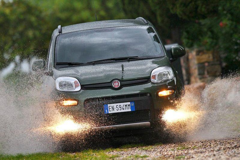 Fiat Panda 4x4 Allrad von vorne