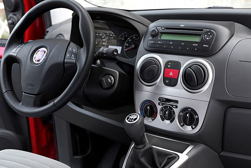 Fiat Qubo Armaturenbrett