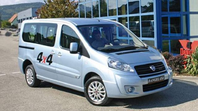 Fiat Scudo Panorama 4x4 von vorne