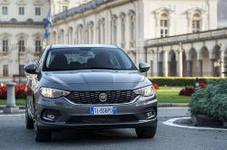 Fiat präsentiert den Fiat Tipo 2016 als Limousine, 5-Türer und Kombi auf dem Genfer Autosalon.